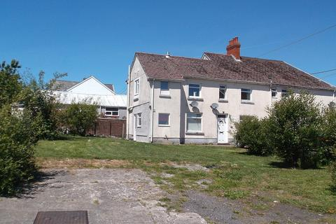 2 bedroom flat for sale - Samuels Road, Cwmllynfell, Swansea.