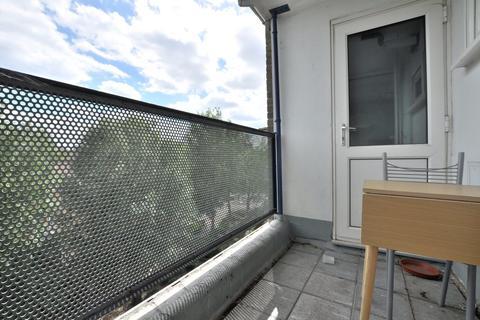 2 bedroom flat to rent - Phillipp Street, London N1