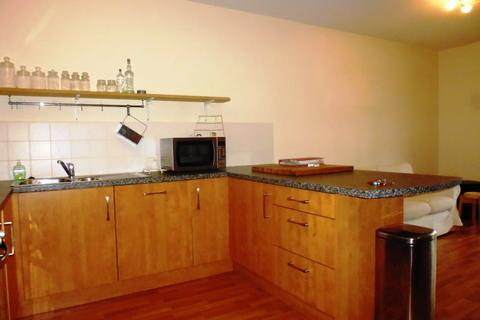 3 bedroom flat to rent - Hopetoun Street, Edinburgh EH7