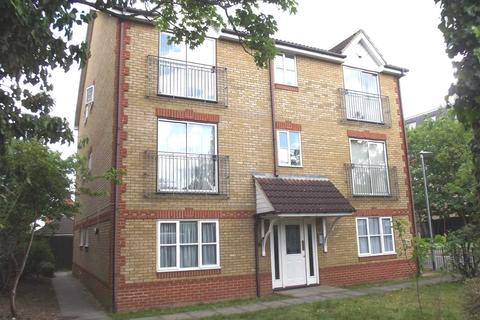 2 bedroom apartment to rent - Dairyglenn House, Crossbrook Street, Cheshunt