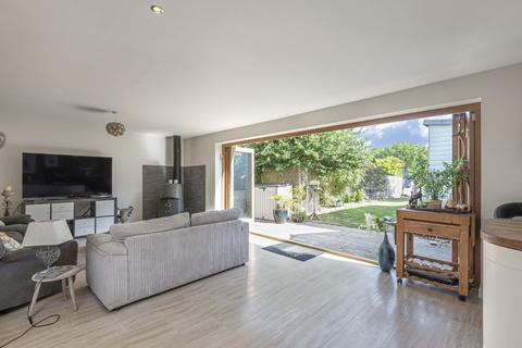 4 bedroom semi-detached bungalow for sale - Hammer, Haslemere