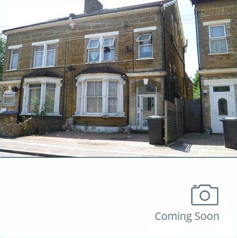 6 bedroom semi-detached house for sale - Farquharson Road, Croydon, Surrey CR0