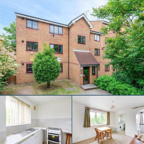 Studio to rent - Inwen Court, Grinstead Road, SE8