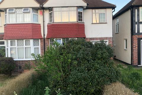 3 bedroom semi-detached house to rent - Jevington Way, Lee, London SE12