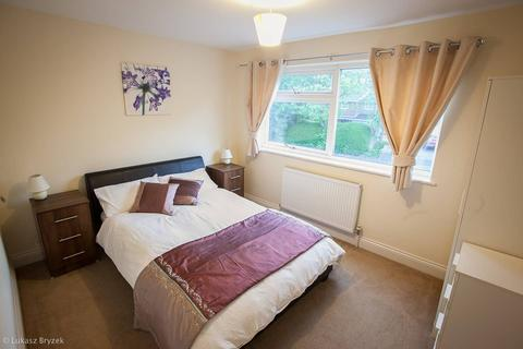 4 bedroom semi-detached house to rent - Wheeleys Road, Edgbaston, Birmingham B15