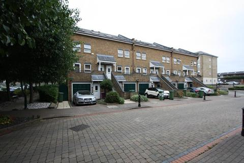 2 bedroom flat to rent - Schooner Close, Isle of Dogs, London, E14 3GG
