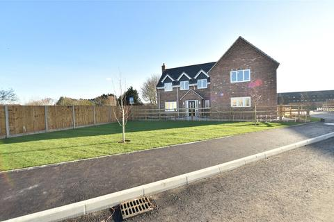 4 bedroom detached house to rent - Mias Way, Beck Row, Bury St. Edmunds, Suffolk, IP28