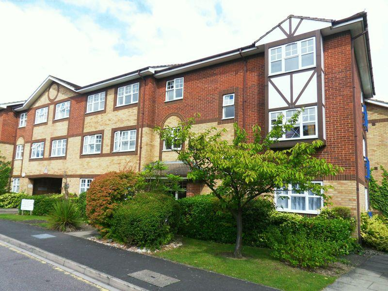 2 Bedrooms Apartment Flat for sale in Earls Meade, Luton