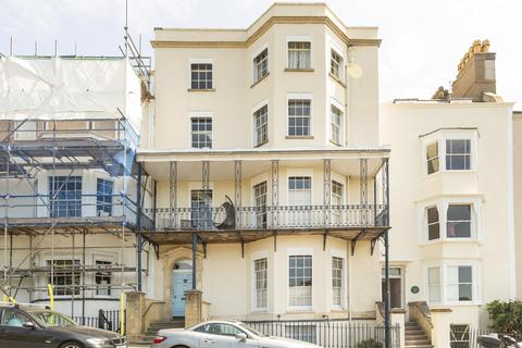 2 bedroom flat to rent - Sion Hill, Clifton, BS8