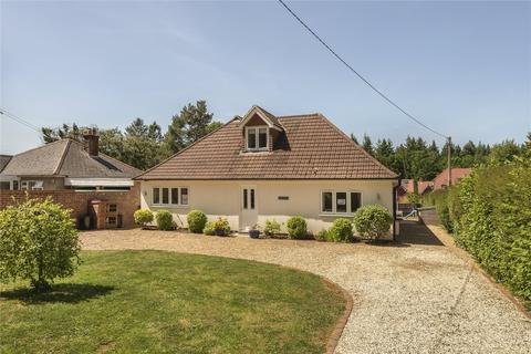 5 bedroom detached house for sale - The Shrave, Four Marks, GU34