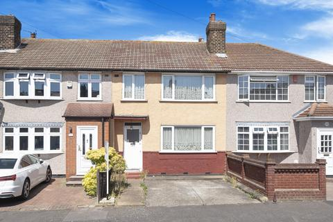 3 bedroom terraced house for sale - Northwood Avenue, Hornchurch, RM12 4PU