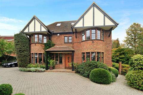 6 bedroom detached house to rent - Woodspring Road, Wimbledon, London, SW19
