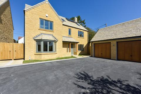 5 bedroom detached house for sale - The Pines, Bourton-on-the-Water, Cheltenham, Gloucestershire, GL54