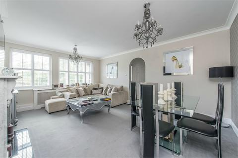 3 bedroom flat to rent - Mulbarton Court, Chislehurst, Kent