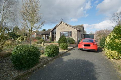 3 bedroom detached bungalow for sale - Beauchamp Road, Chedgrave