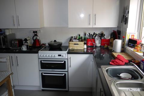 3 bedroom semi-detached house to rent - Penryn