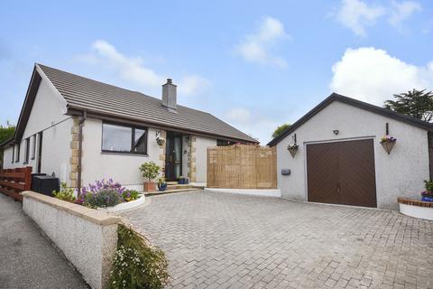 4 bedroom detached bungalow for sale - Mount Hawke
