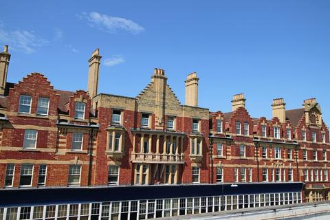 1 bedroom apartment to rent - McIlroys Building, 18 Oxford Road