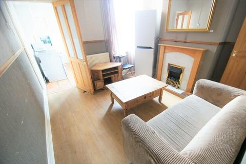 3 bedroom terraced house to rent - Hollis Road, Coventry, CV3 1AJ