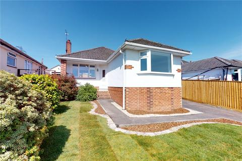 2 bedroom detached bungalow for sale - Shapland Avenue, Bearwood, Bournemouth, Dorset, BH11