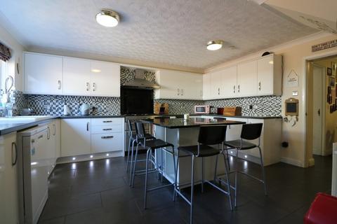 6 bedroom detached house for sale - Bungay Road, Scole