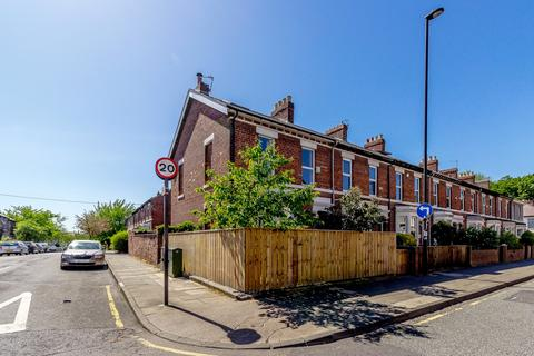 4 bedroom terraced house for sale - Heaton Park Road, Heaton, Newcastle Upon Tyne, Tyne & Wear