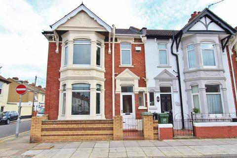 3 bedroom terraced house to rent - Winter Road, Southsea