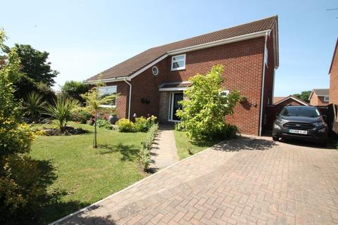 3 bedroom detached house for sale - Duneside, Elm Tree TS19 0TX