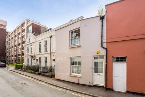 2 bedroom terraced house for sale - Guinea Street, Bristol