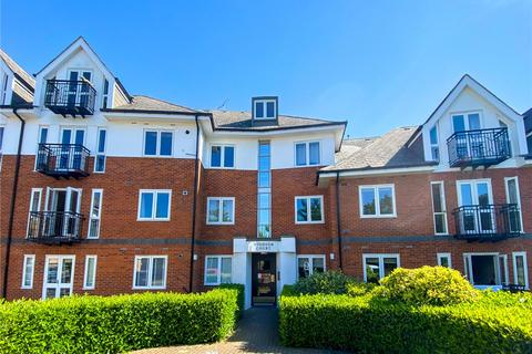 2 bedroom flat to rent - Windsor Court, Park View Close, St. Albans, Hertfordshire