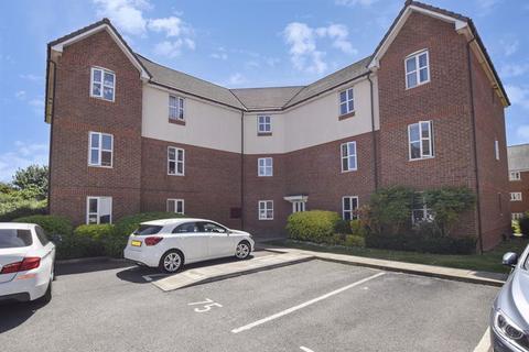 2 bedroom apartment for sale - Larne Court, Widnes