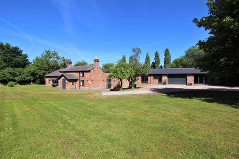 4 bedroom detached house for sale - Montgomery Hill, Frankby