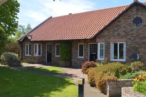2 bedroom bungalow to rent - Elm View, Birch Hill, Berwick-Upon-Tweed