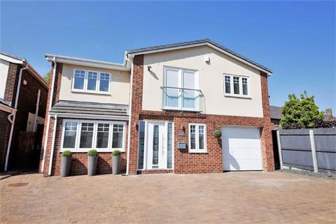 4 bedroom detached house for sale - Elmfield Close, East Herrington, Sunderland, SR3