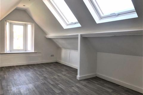 Studio to rent - York Avenue - P1070