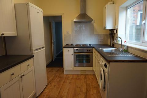 4 bedroom terraced house - Eton Road, Southsea, Hampshire