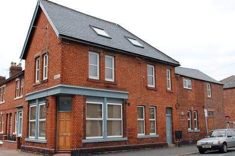 2 bedroom apartment to rent - Brook Street, Off London Road