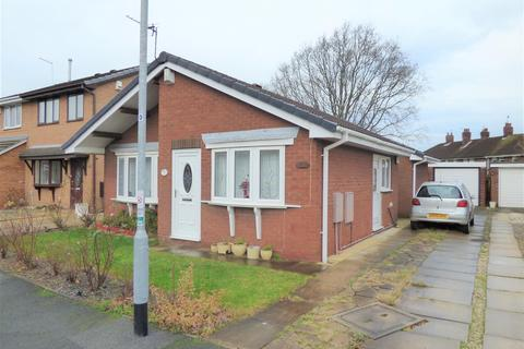 3 bedroom detached bungalow for sale - Nunburnholme Park, Willerby Road, Hull