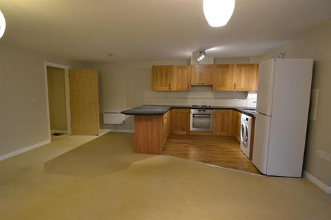 2 bedroom flat to rent - Flat 4, Shelley HouseMonument CloseAcombYork