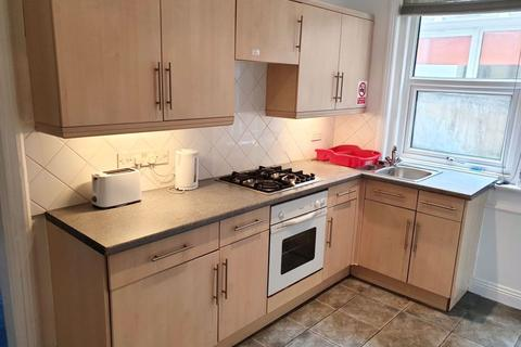 4 bedroom house to rent - STUDENT FOUR DOUBLE BEDROOMS, PORTLAND ROAD