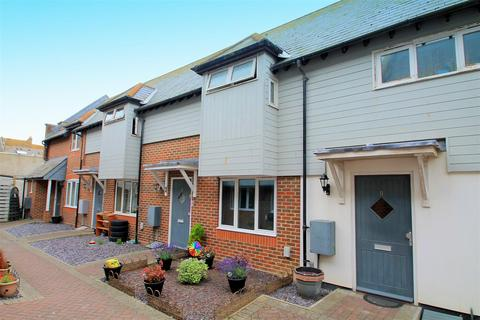 2 bedroom terraced house to rent - Montague Street, Worthing