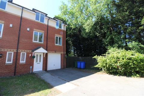 5 bedroom townhouse for sale - Merchant Way, Cottingham