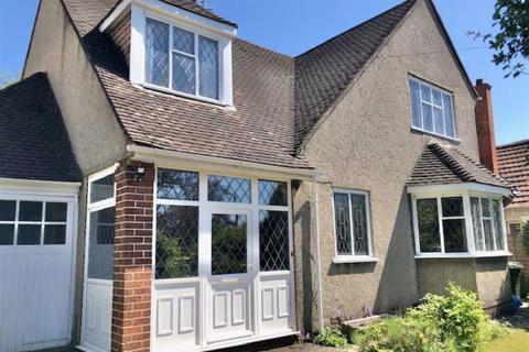 3 bedroom detached house to rent - Bell Barn Road, Stoke Bishop, Bristol
