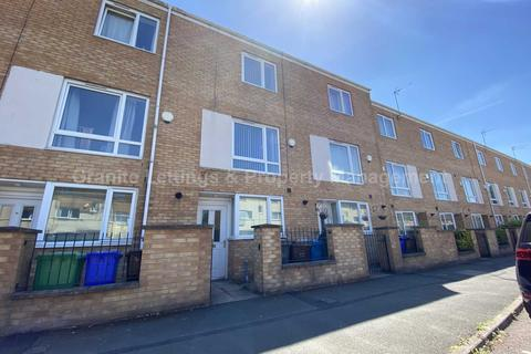 4 bedroom townhouse to rent - Haymarket Street, Plymouth Grove, Manchester, M13 9JD