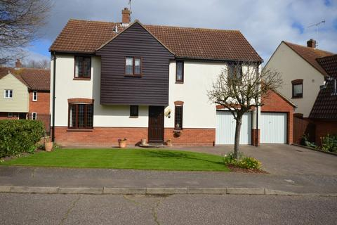 4 bedroom detached house for sale - Millers Croft, Great Baddow, Chelmsford, CM2