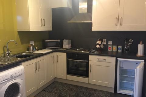 2 bedroom flat to rent - belmont garden, aberdeen AB25
