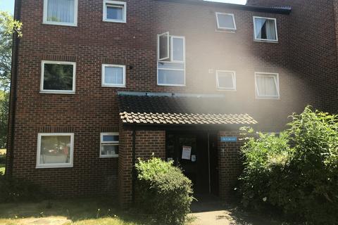 1 bedroom flat to rent - Burncroft Avenue, EN3
