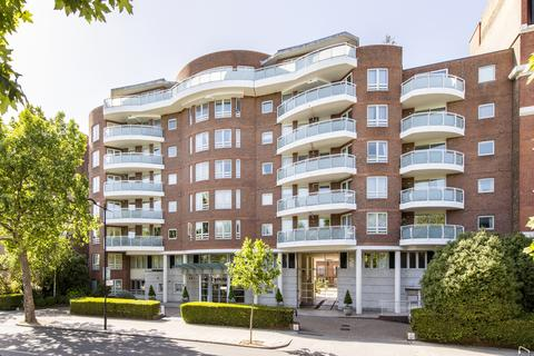 2 bedroom flat for sale - Templar Court, 43 St. Johns Wood Road, London, NW8