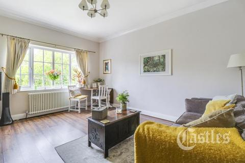 2 bedroom flat to rent - Kingsbridge Court, Winchmore Hill, N21