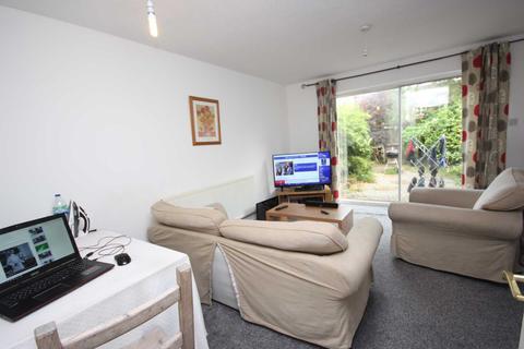 2 bedroom semi-detached house to rent - Bridgewater Street, Salford